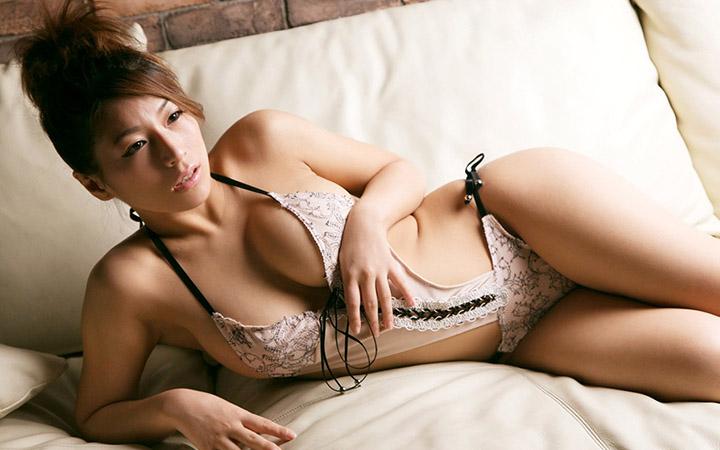 Nami Hoshino ดารา AV เห็นหน้านิ่งๆจริงๆแอบแซ่บ
